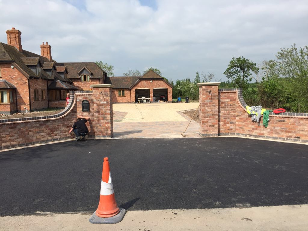 just-finishing-a-big-job-on-worcester-that-had-a-new-wall-built-ann-a-driveway-that-was-part-tarmac-driveway-and-mostly-block-paving-drive