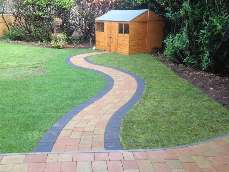 patio and garden path in worcester uk
